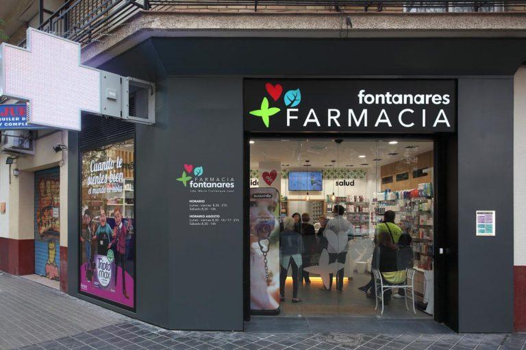 Fachada Farmacia Fontanares en Valencia